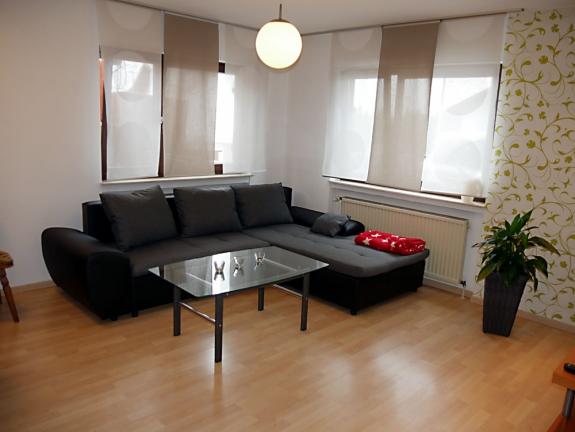 ruhig gelegene 2 zimmerwohnung in reutlingen mittelstadt. Black Bedroom Furniture Sets. Home Design Ideas